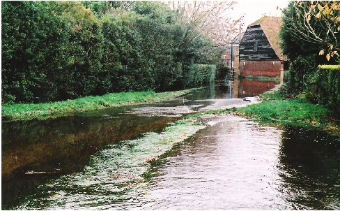 Flooding in Moor Lane